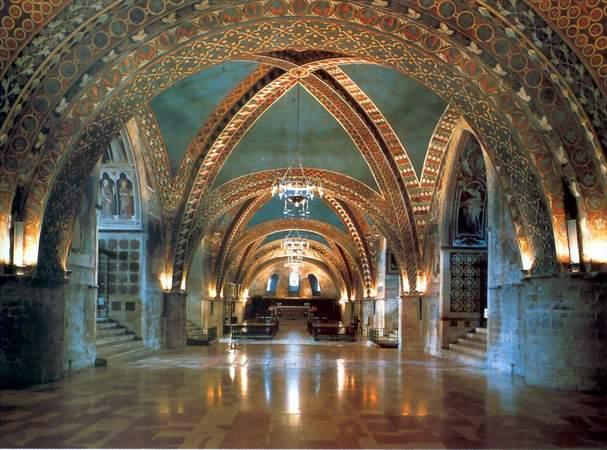 Assisi Basilica di San Francesco Interno